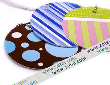 paper luggage tag
